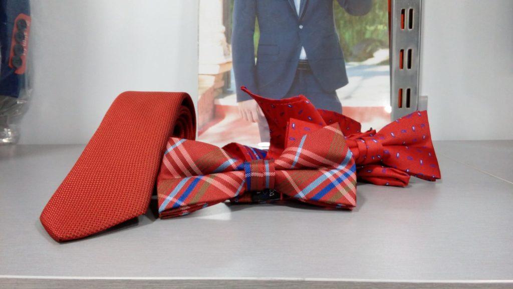 corbata y pajarita roja con pañuelo 2019 conecta