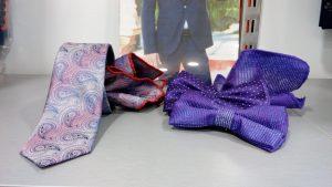 corbata y pajarita morada con pañuelo 2019 conecta