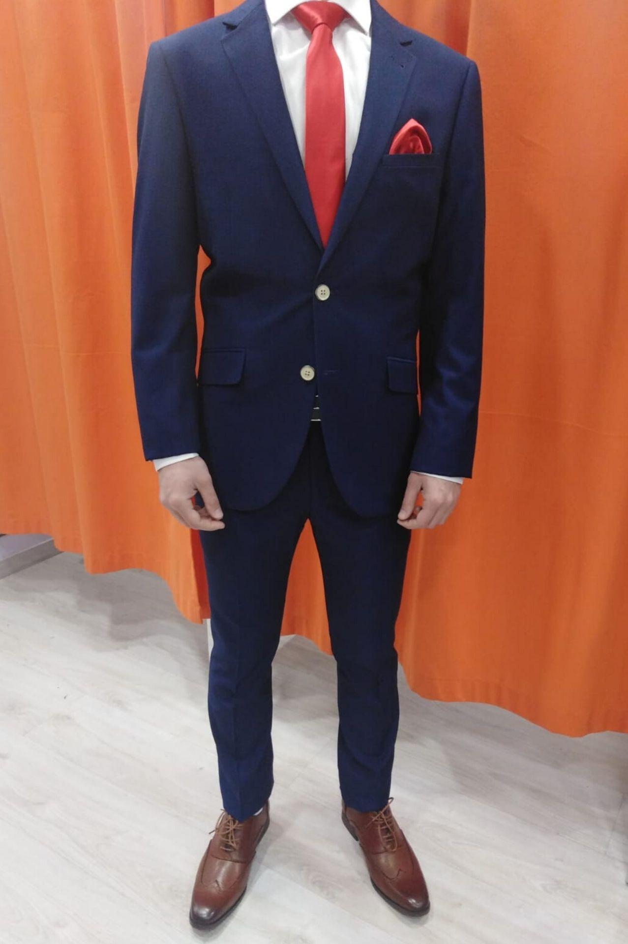 traje-con-dibujo-azul-trd-01-1