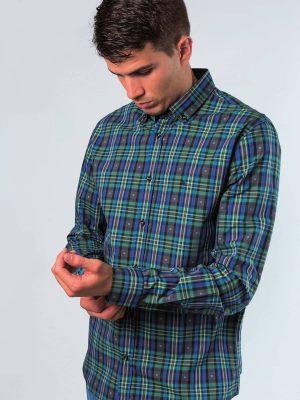Camisa verde con dibujo de cuadros de sport Conecta Moda Joven Granada