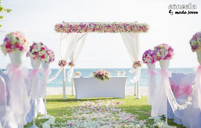 Altar de boda al aire libre