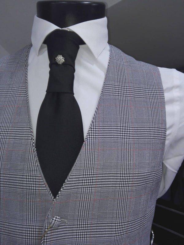 Chaleco para traje gris con dibujo