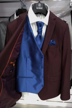 Chaleco azul con dibujo para traje