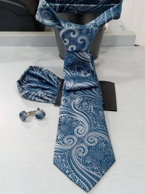 Corbata azul con dibujo con pañuelo Conecta Moda Joven Granada