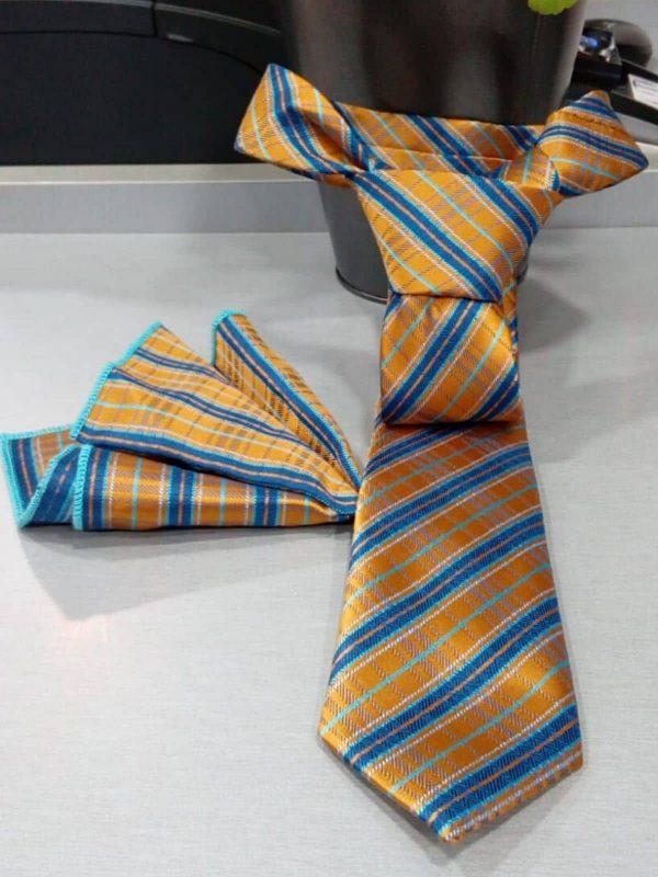 Corbata de rayas amarilla y azul con pañuelo Conecta Moda Joven Granada