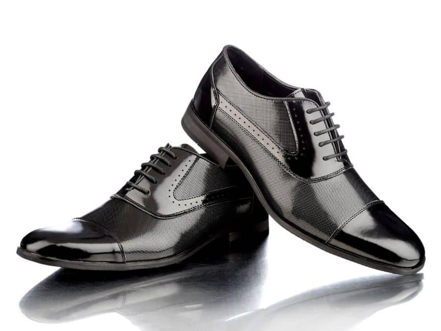 Zapatos negros para traje Conecta Moda Joven